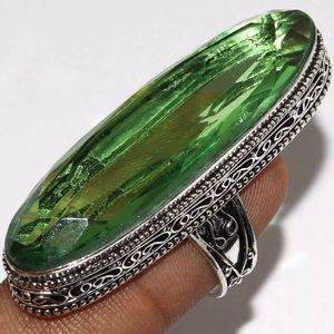 Stunning Peridot Quartz Gemstone 925 Ring